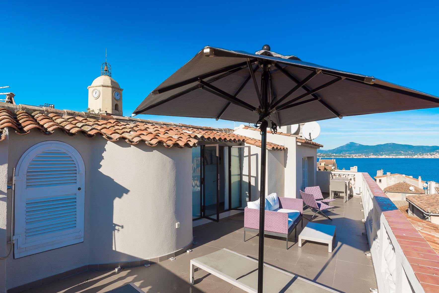 Les Remparts villa overview image