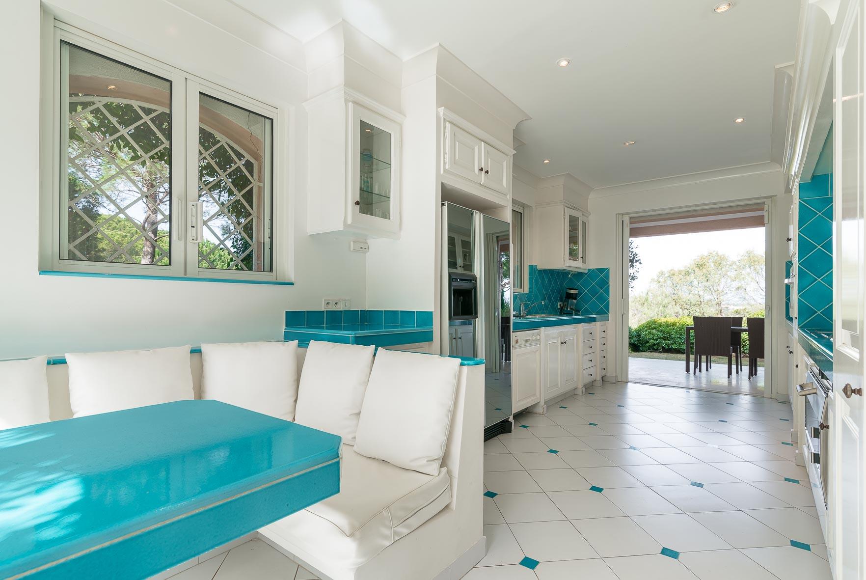 Villa grenouille BD Tardieu-Bo House-30