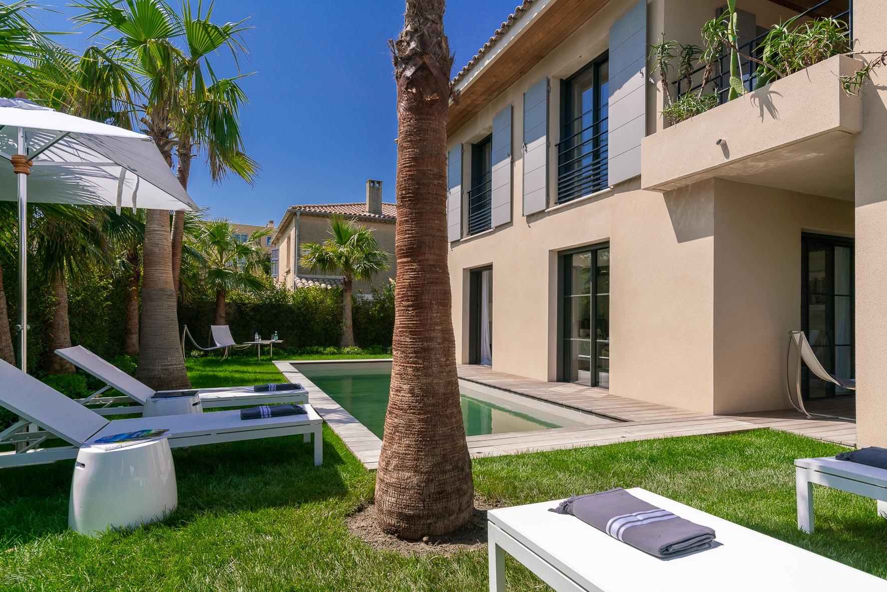 luksus villa til leie saint tropez strand14