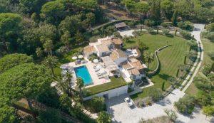 Villa Mas de Gassin villa overview image